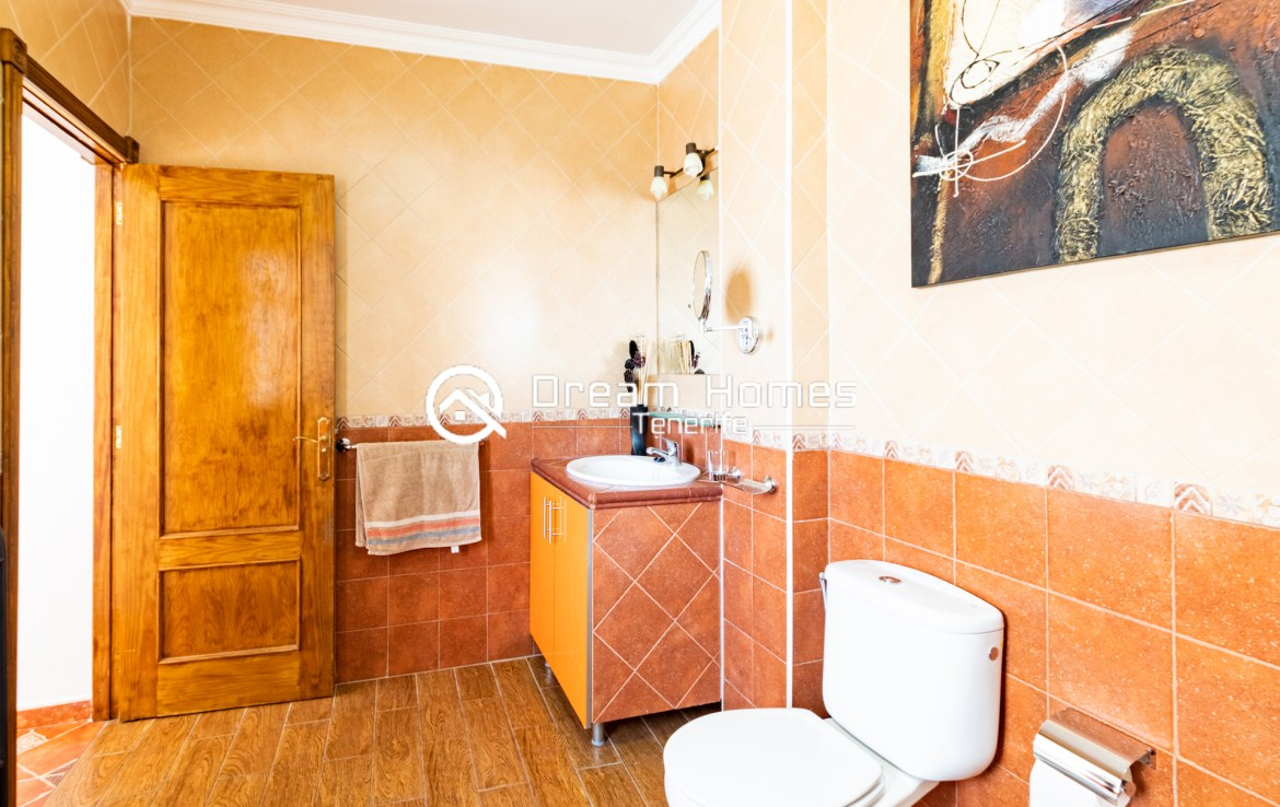 Family Apartment for Rent in Alcala Bathroom Real Estate Dream Homes Tenerife