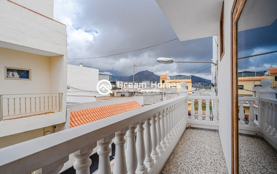 Family home in Cabo Blanco Terrace Real Estate Dream Homes Tenerife