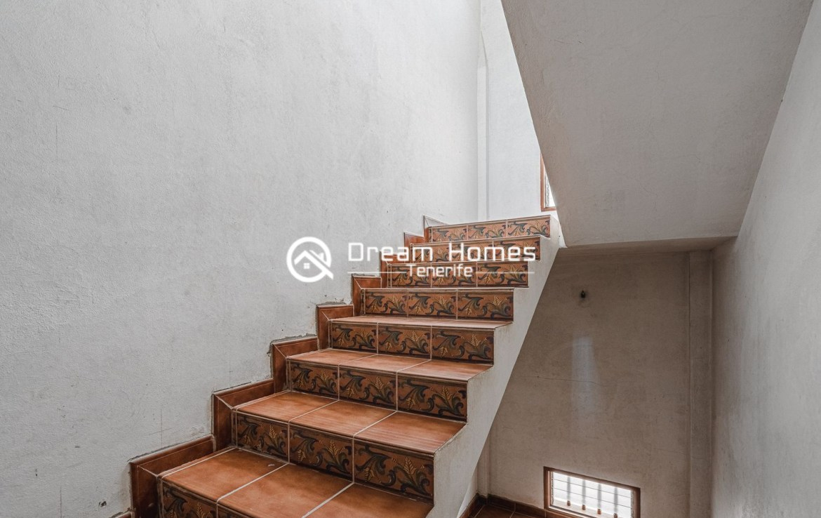 Family home in Cabo Blanco Stairs Real Estate Dream Homes Tenerife