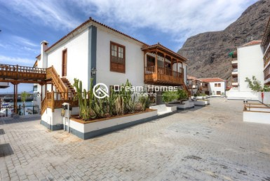 Apartment Poblado Marinero in front of Marina Views Real Estate Dream Homes Tenerife