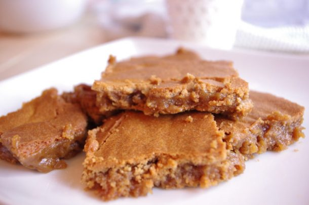 Prison Blondies Blonde Brownies Dessert Treat Recipe Freshly Cut and Served with Milk