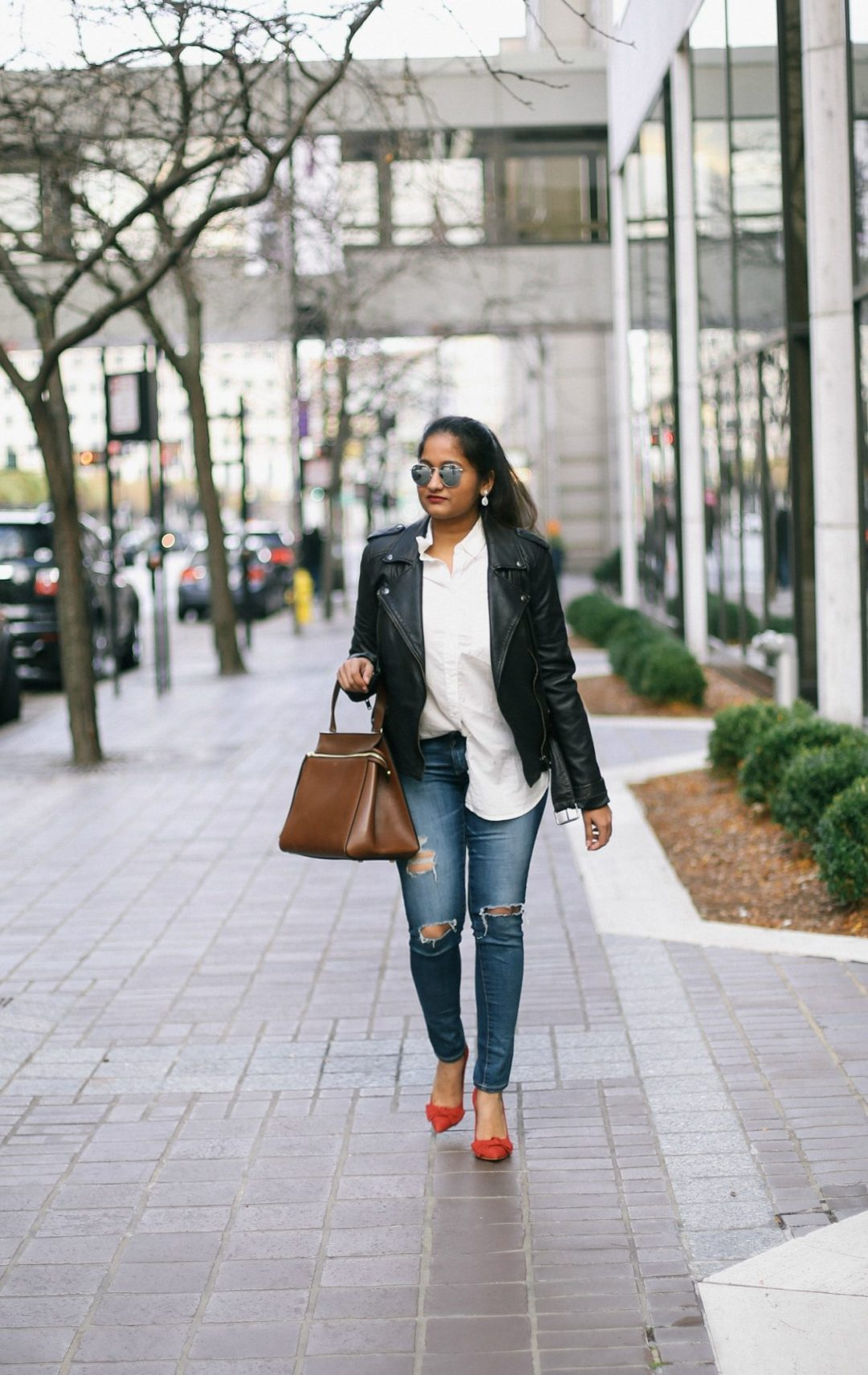 how-to-wear-leather-jacket-with-skinny-jeans