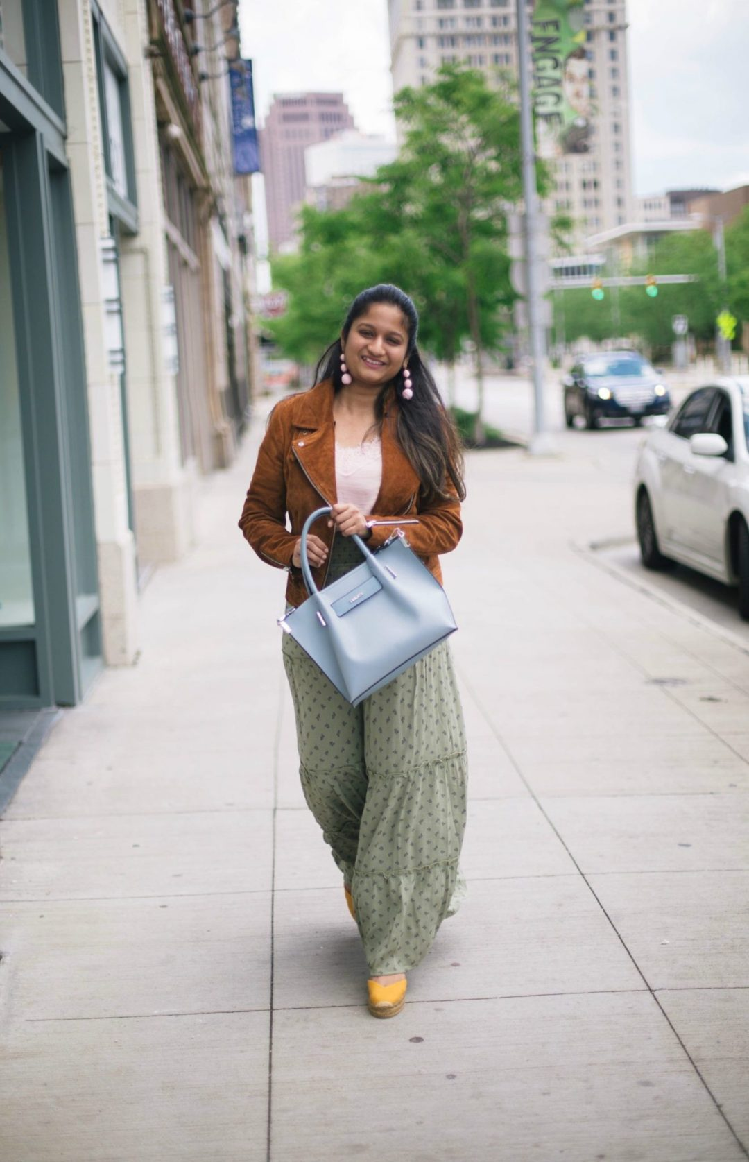 4-casual-chic-ways-to-wear-target-maxi-skirt