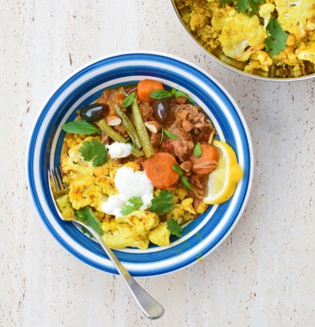 Sweet Persian Tagine with Moroccan Cauliflower, Chickpea and Quinoa Bake from Simplicious