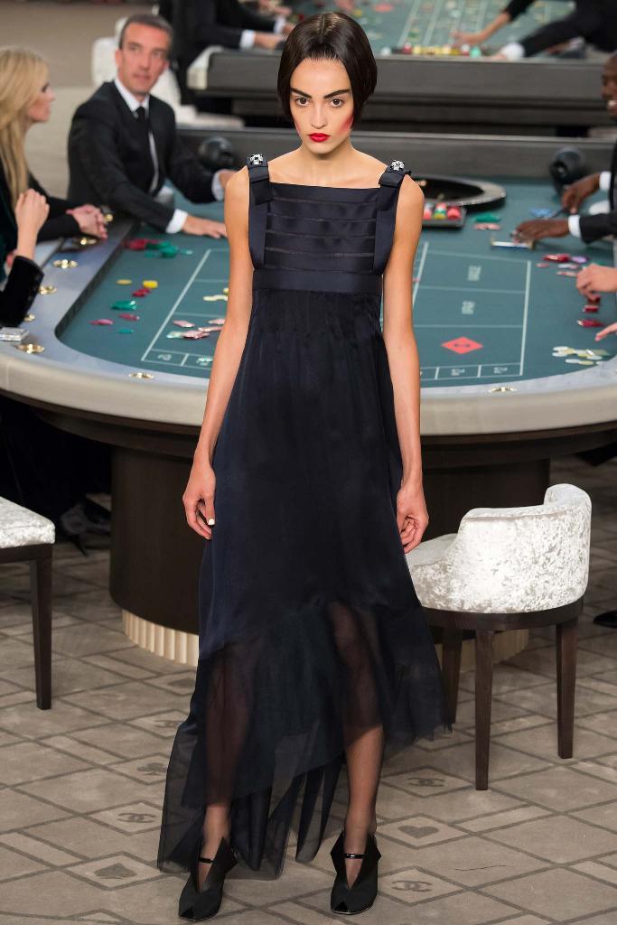 chanel-couture-fw15-runway-paris-look-46