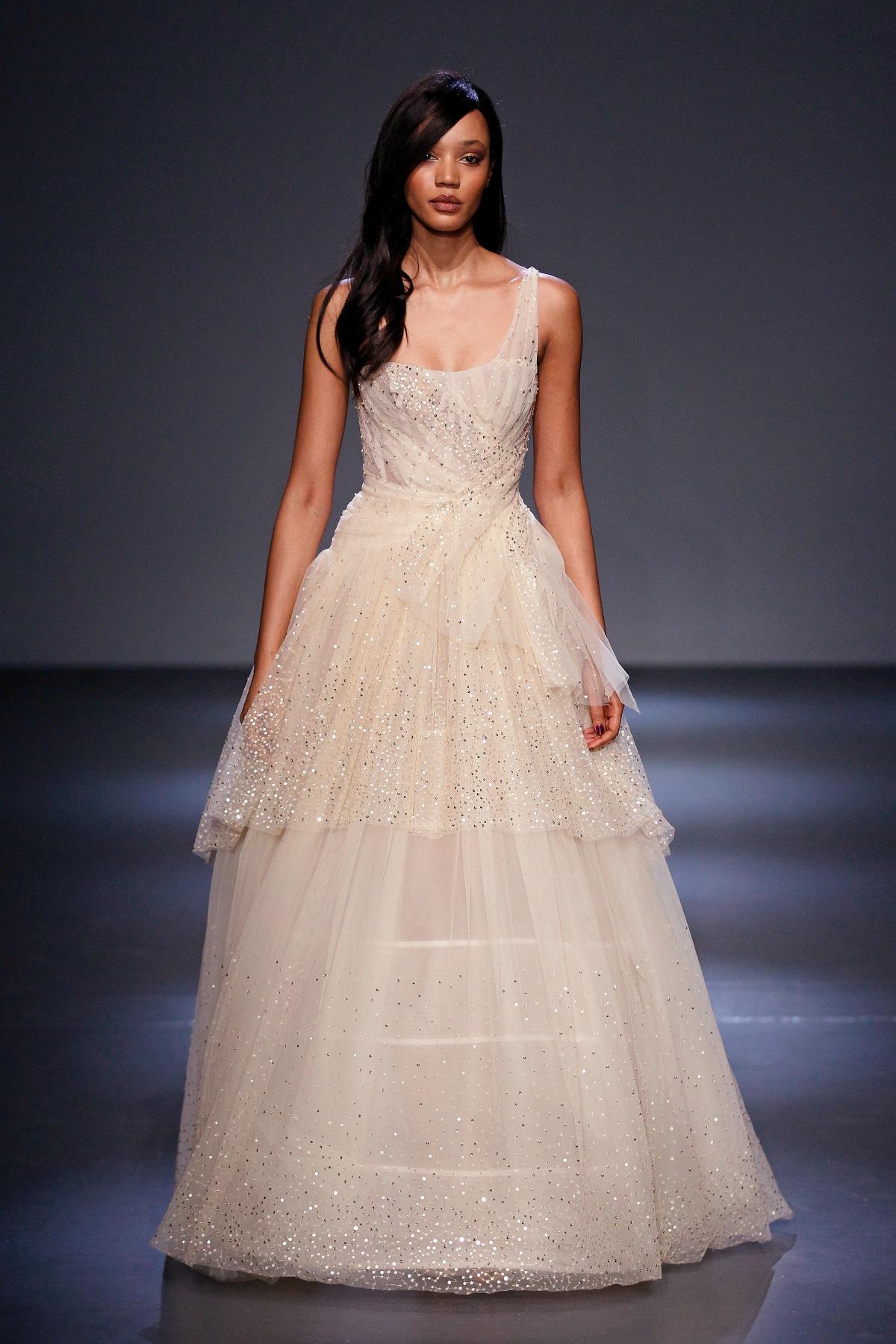 Pamella Roland Fall 2018 Runway I Princess Gown #NYFW #WinterFashion