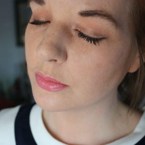 Dior Fusion Mono Eyeshadow Review I DreaminLace.com #Dior #Makeup