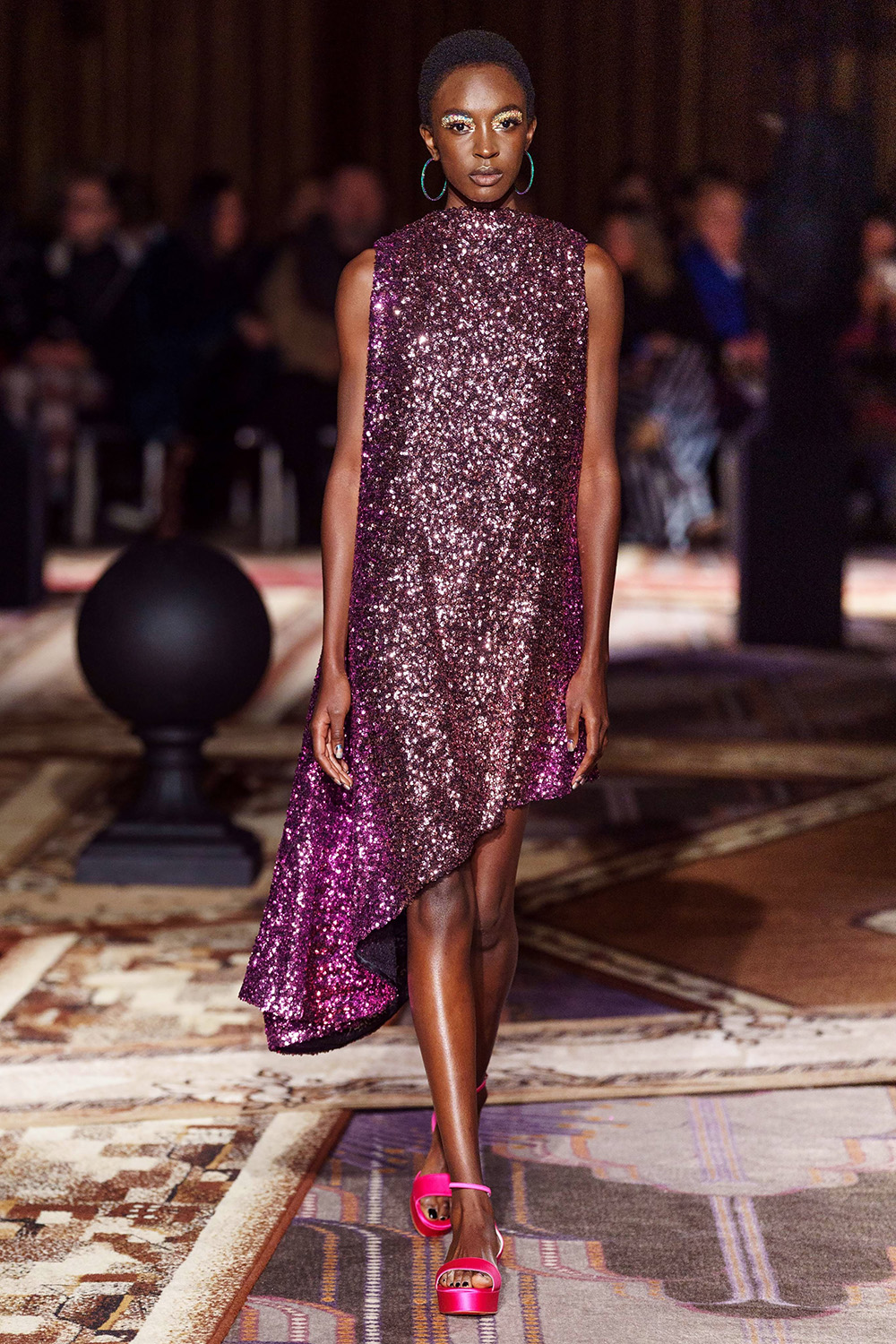 Best London Fashion Week Looks Halpern Fall 2019 Collection Runway Designer Fashion Purple Shift Dress