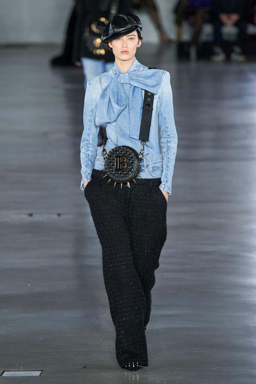 Best Paris Fashion Week Looks - Balmain Fall 2019 Runway Collection #PFW #FashionWeek