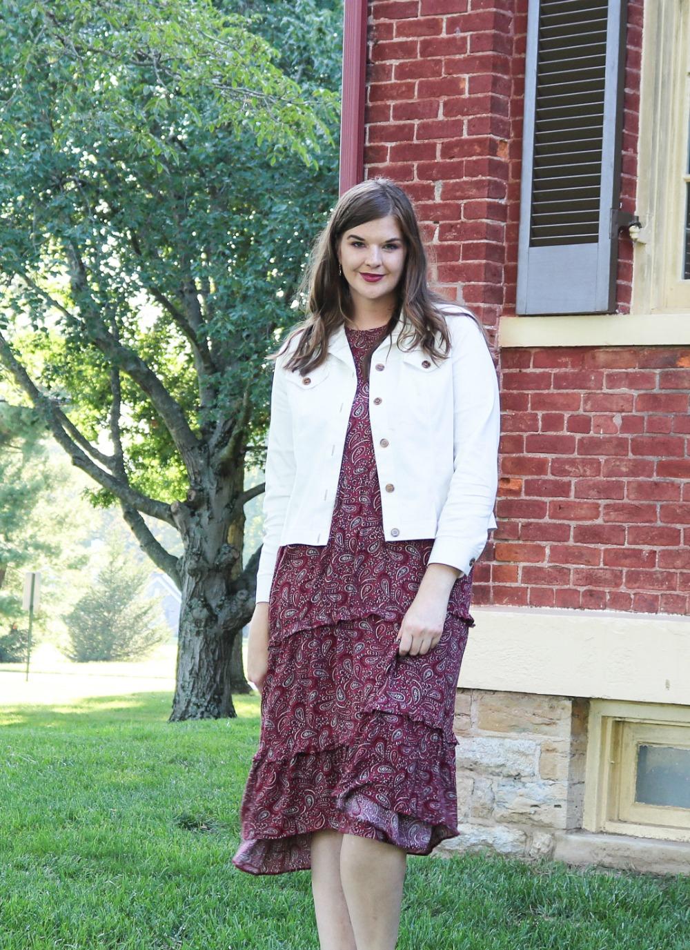 Transitional Fall Styles to Wear Now I Paisley Midi Dress with Jacket #fashionista #styleblog #styleblogger #fallfashion #fallstyleinspo