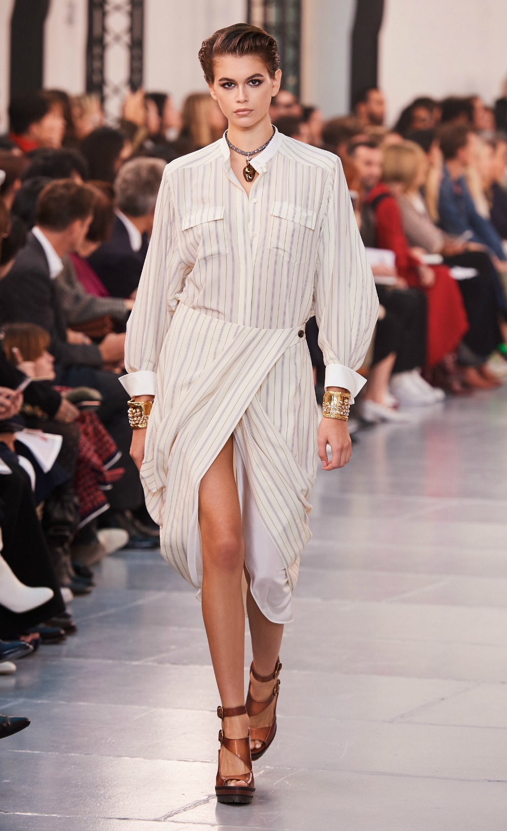 Chloe Spring 2020 Collection Runway at Paris Fashion Week #FashionWeek #HighFashion #DEsignerFashion #Chloe