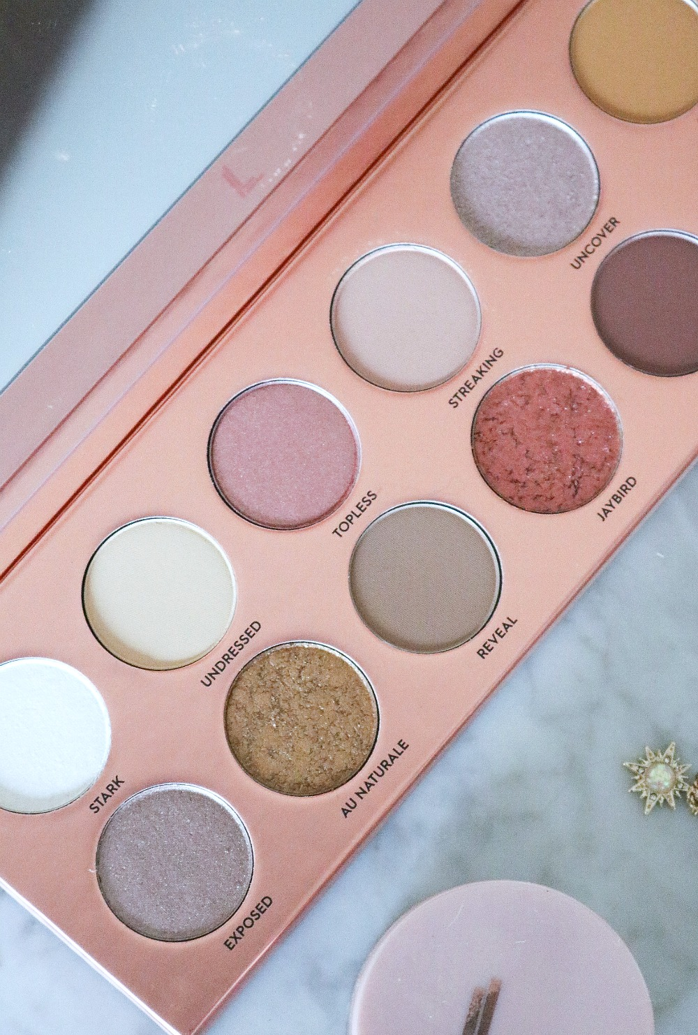 Laura Lee Nudie Patootie Eyeshadow Palette Review I Blogmas 2019 I Dreaminlace.com #Makeup #CrueltyFree