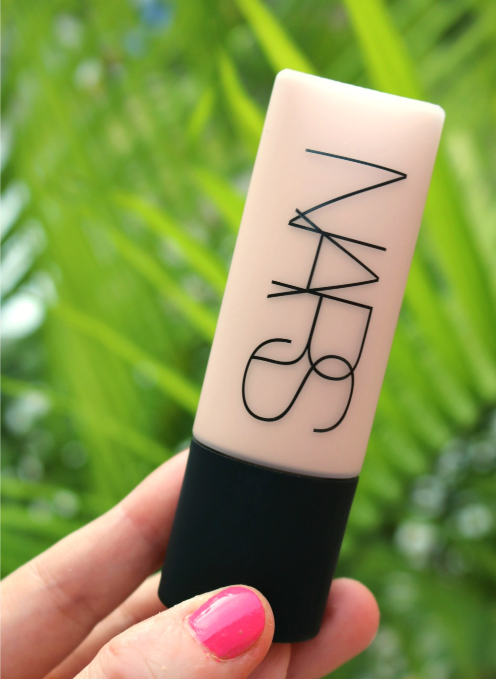 NARS Soft Matte Complete Foundation Review I DreaminLace.com #NARS #BeautyBlog