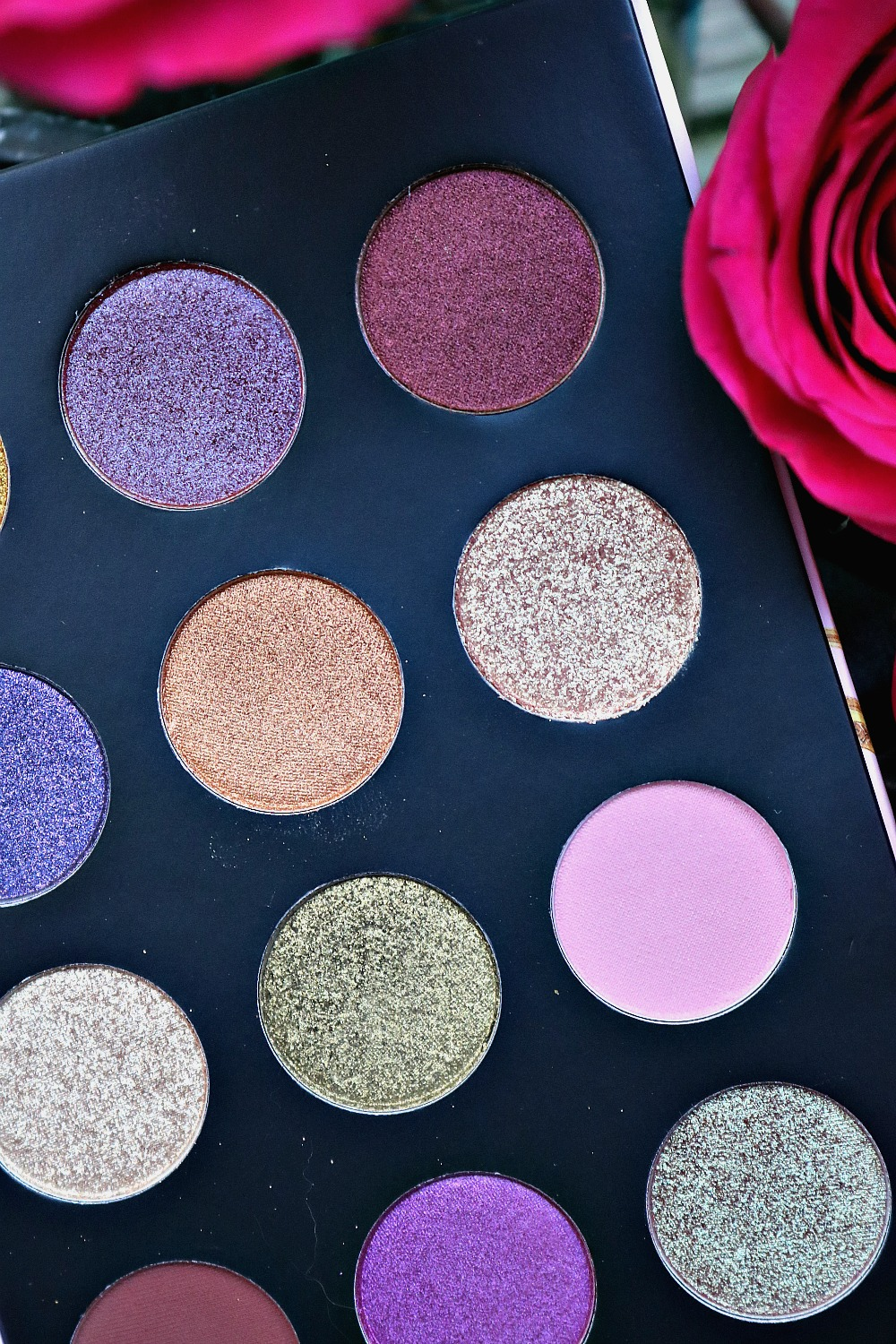 Pat McGrath Celestial Divinity Palette from the Holiday 2020 collection I Dreaminlace.com #holiday2020 #makeupblog #makeupcommunity #eyeshadow