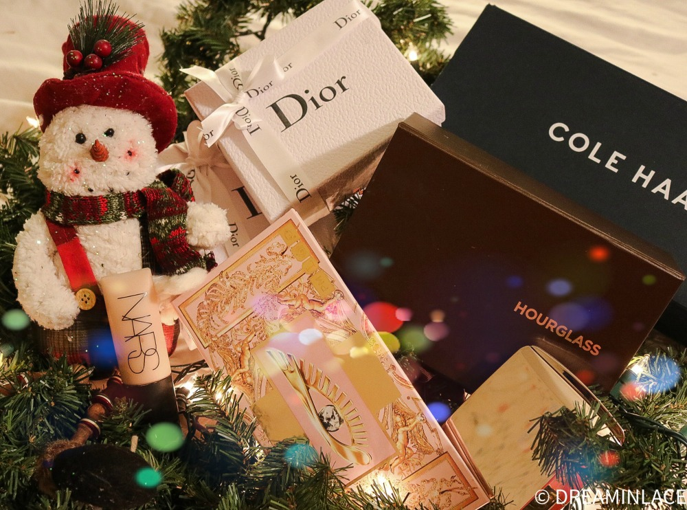 2020 Cyber Monday Sales in Women's Fashion and Beauty to Shop Now I DreaminLace.com #CyberMonday #GiftIdeas #Holiday2020
