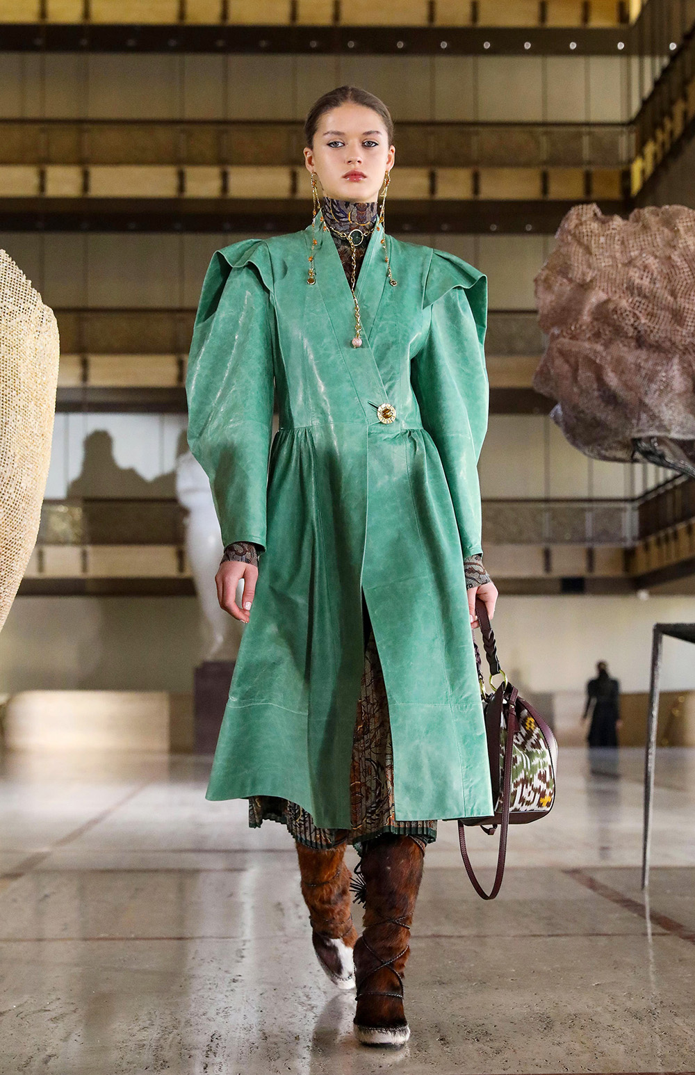 Best NYFW Looks I Ulla Johnson Fall 2021 Collection #fashionista #fashionblog