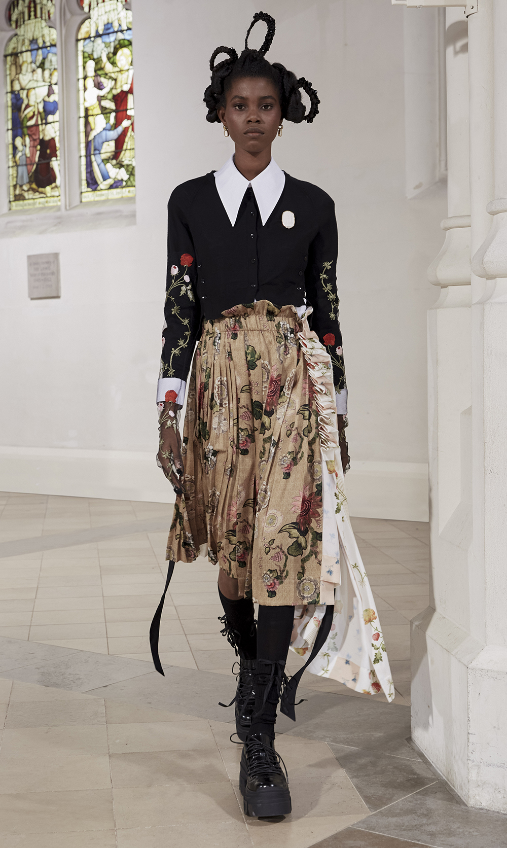 Best LFW Looks I Simone Rocha Fall 2021 #fashionblog #fashionable #womensfashion