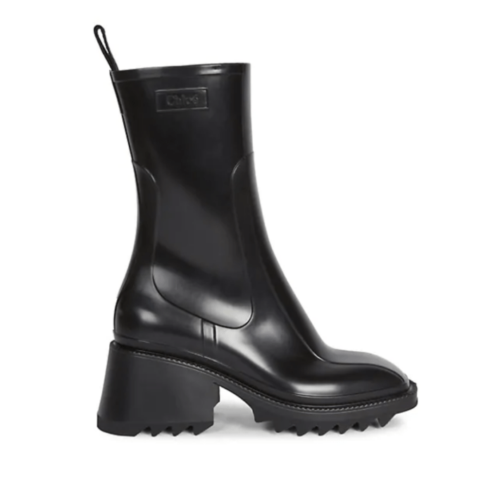 Chloe Spring Combat Boots for 2021 I DreaminLace.com #springstyle #Chloe #fashionstyle