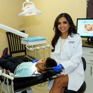 dentist-bellflower-dr-nahal-heyrani
