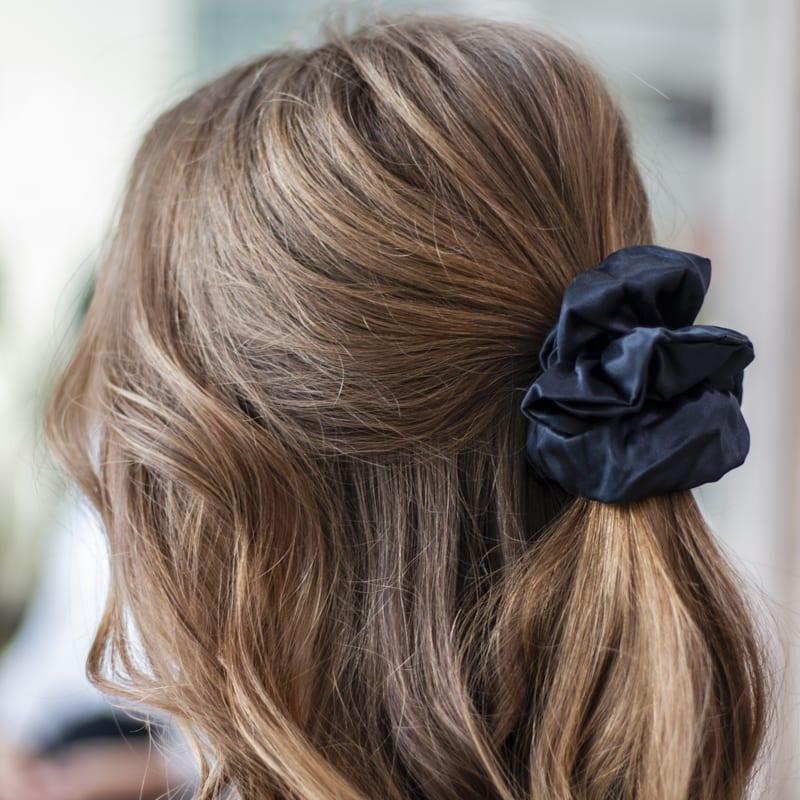 gumicky do vlasov_scrunchies_bossblack