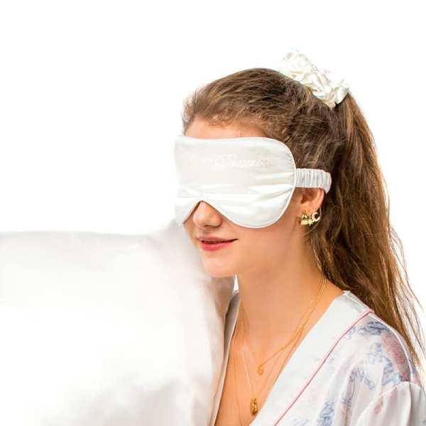 maska-na-spanie-morusovy-hodvab-skandinavska-biela-high-ponytail-gumicka-obliecka