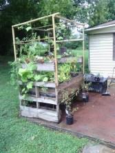 43 beautiful diy planters ideas for beautiful garden 27