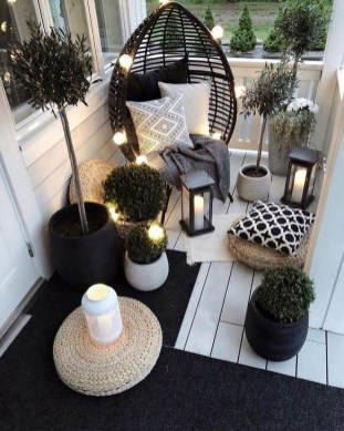 33 Classy Patio Ideas Including Furniture And Lighting 23