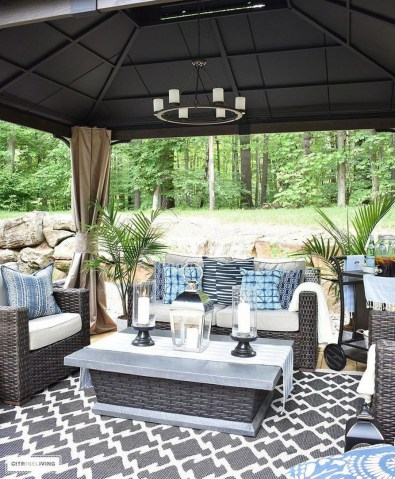 33 Classy Patio Ideas Including Furniture And Lighting 27