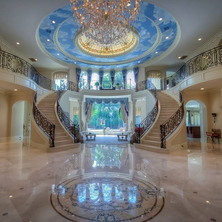 35 One Of Most Expensive Homes In The US Going Up For Auction 14