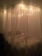 35 Romantic Bedroom Ideas 28