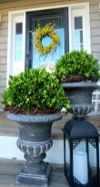 38 Farmhouse Style Front Porch Ideas 17