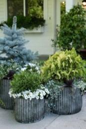 38 Farmhouse Style Front Porch Ideas 18
