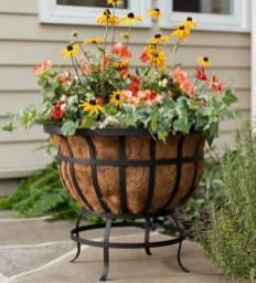 38 Farmhouse Style Front Porch Ideas 2