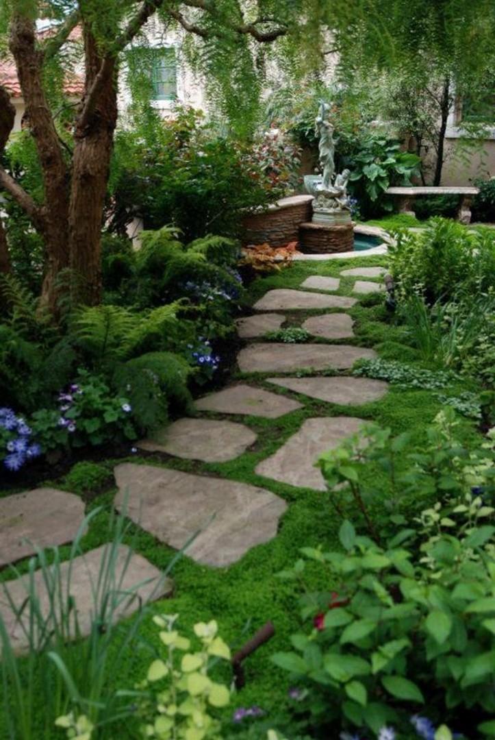 10 Gorgeous Garden Gate Home Decor 14