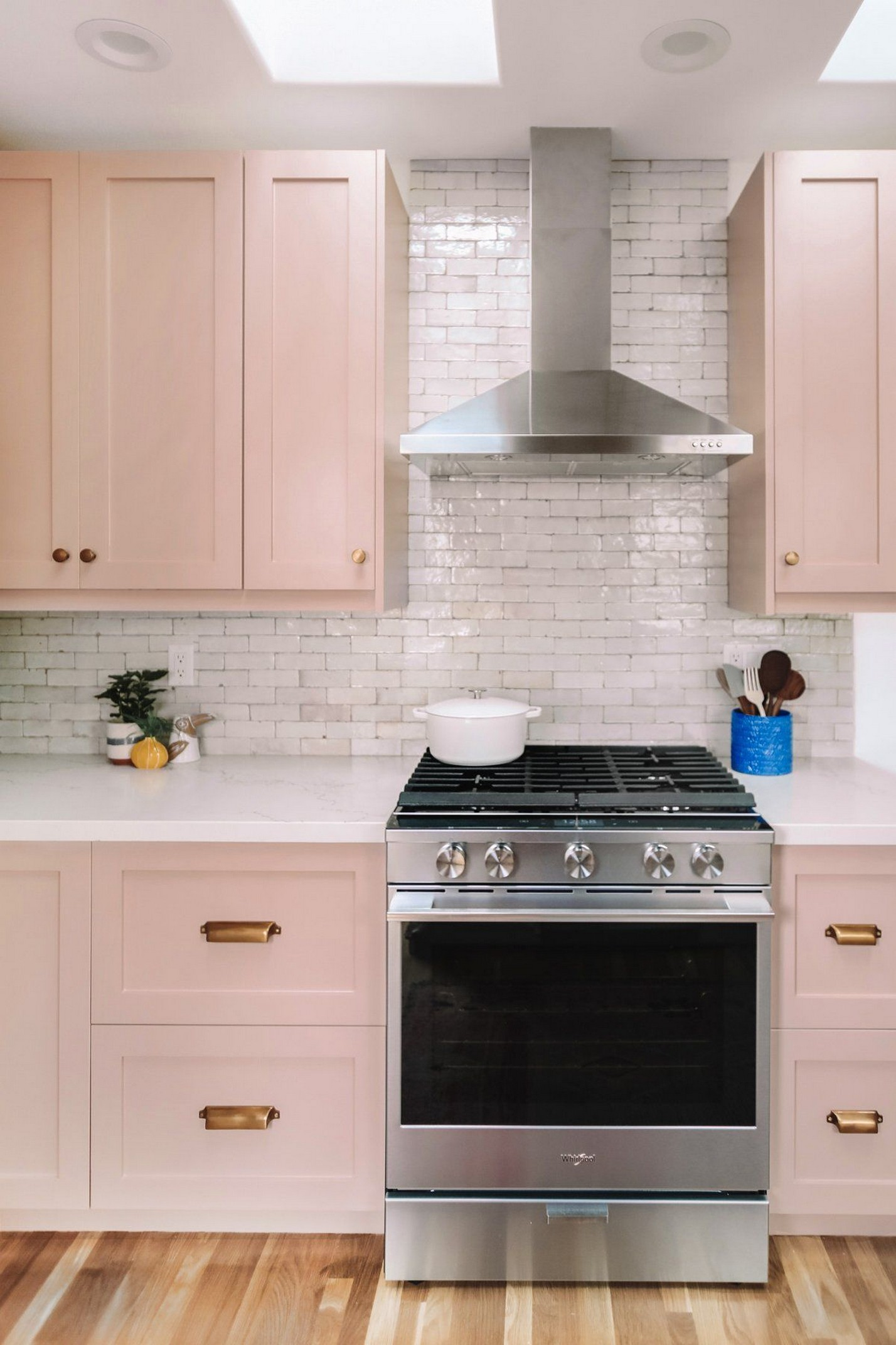 71 Painted Kitchen Cabinets Ideas For Home Decor 56