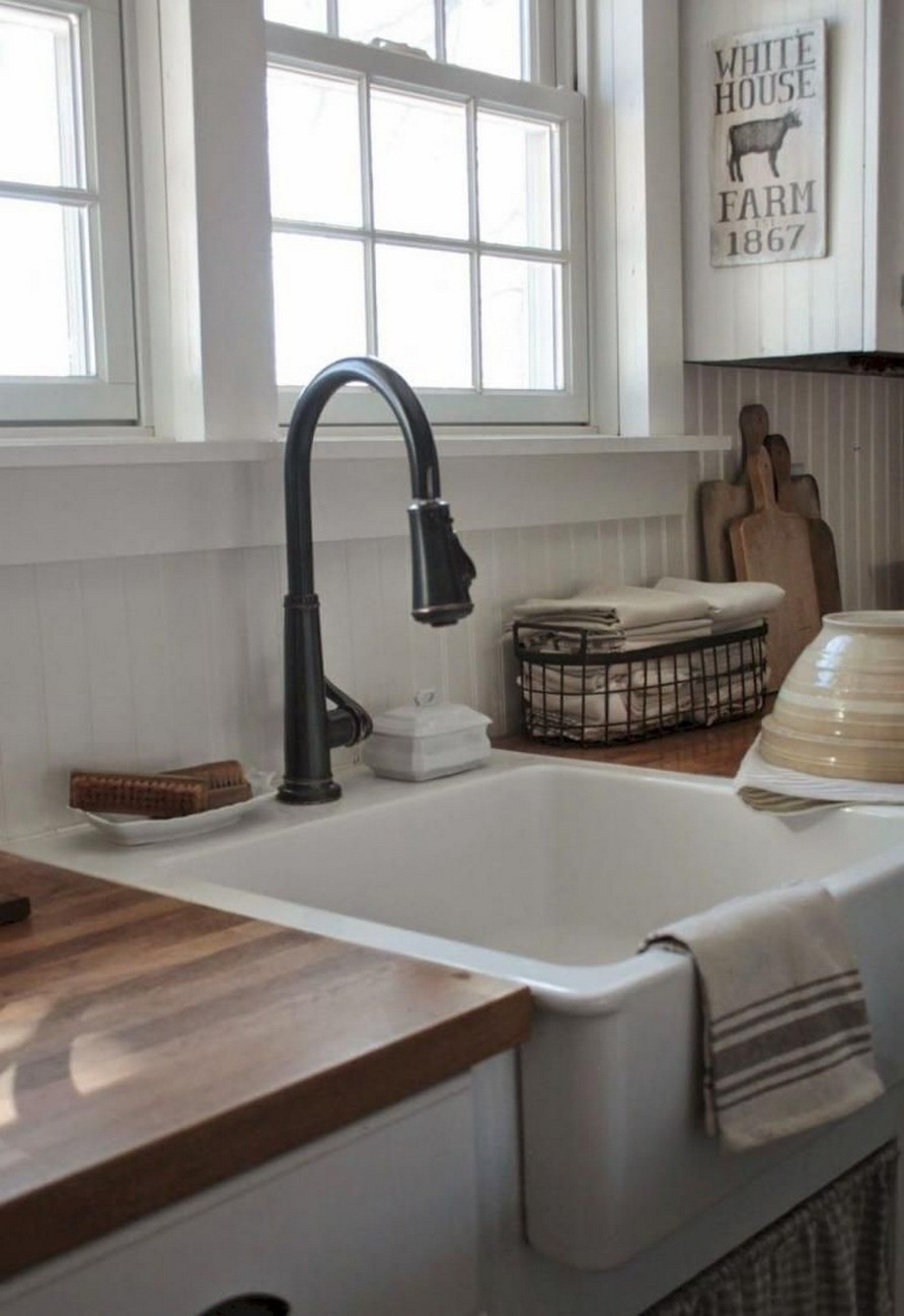 74 Things A Farmhouse Kitchen Sink Can Do For You Home Decor 40