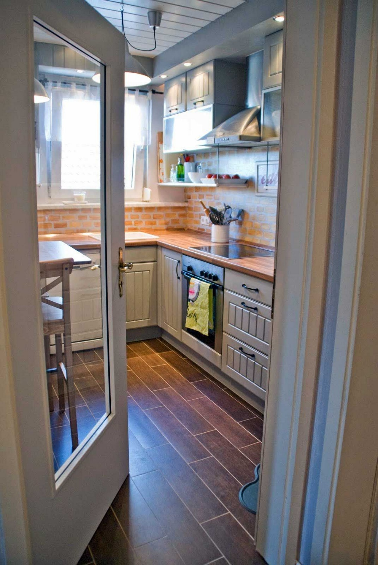 86 Some Small Kitchen Ideas To Help You Do Up Your Kitchen 12