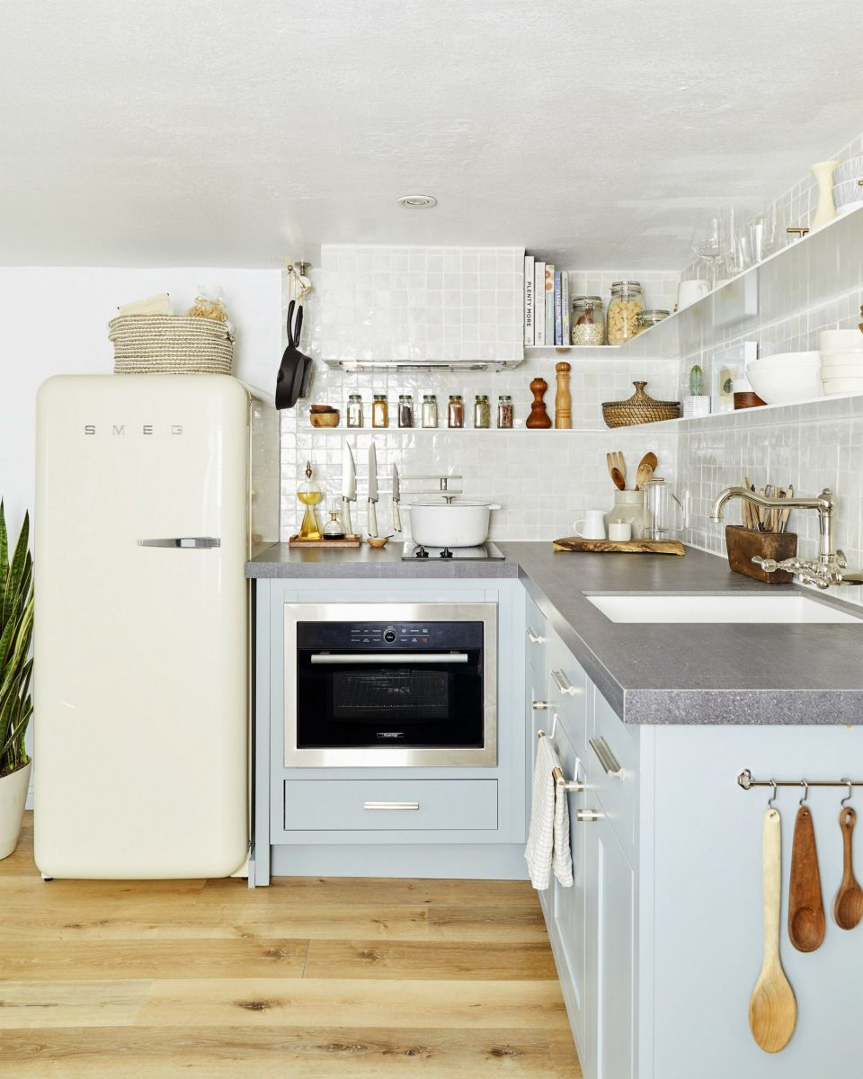 86 Some Small Kitchen Ideas To Help You Do Up Your Kitchen 31
