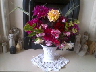 Dahlias and sweetpeas in the harth