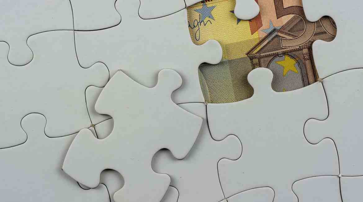 green and brown jigsaw puzzle