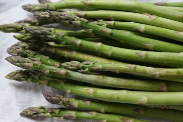 How To Grow Asparagus: Planting and Harvesting Guide