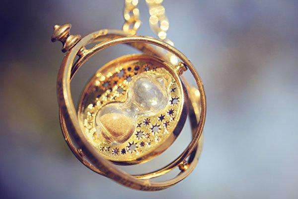 Обои и картинки песочные часы на рабочий 187 DreemPicscom