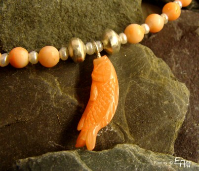 angel-skin coral - necklace