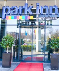 dreiraumhaus bloggerhotel köln park inn by radisson travel pureglam