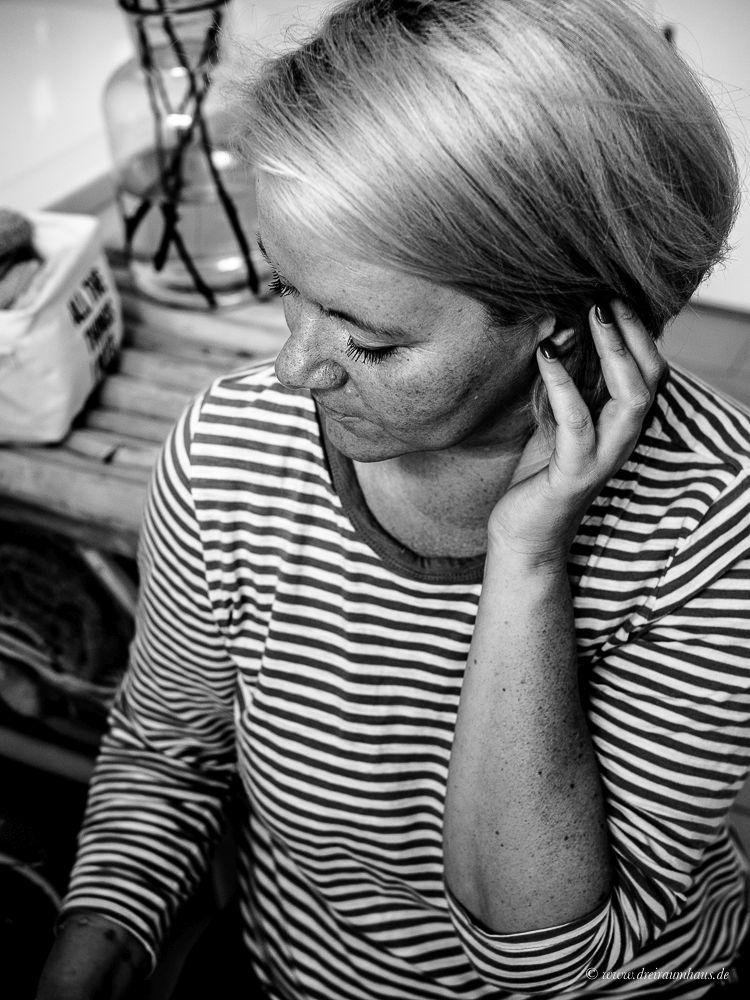 Die dunkle Seite Selbstzweifel, Jogginghosen und unpraktischen Negligés...Anti Aging Hautpflege mit Dermasence Chrono retare