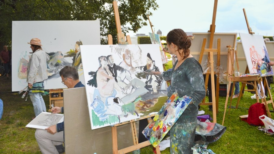 Art class at the Japanese Palace