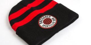 Wintermützen, Schals, Jacken – alles im DSC-Fanshop