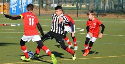 Nachwuchs: D1-Jugend gelingt erster Heimsieg