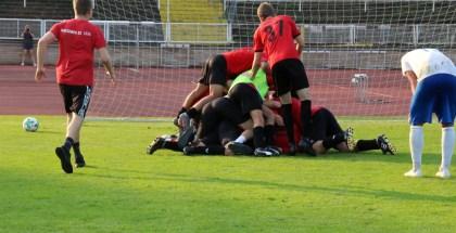 Pokal-Sensation: DSC bezwingt Oberligist Neugersdorf mit 8:7