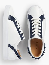 Oxfords look young and fresh, sporty and maybe a little edgey